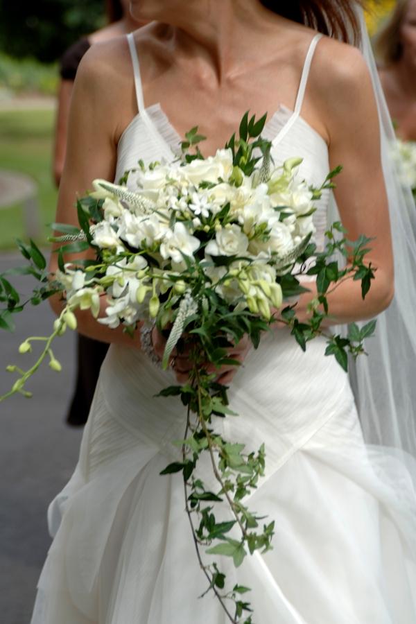 waterfall wedding bouquets photo - 1