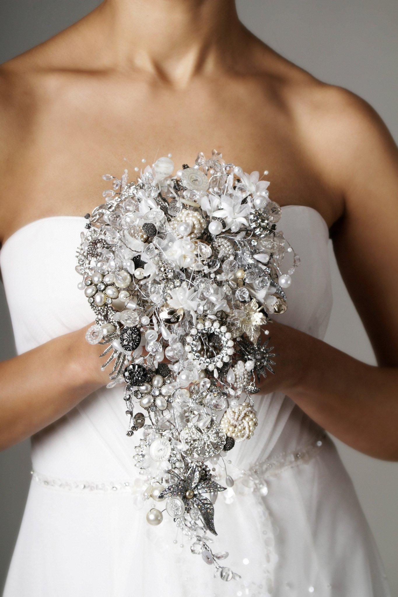 wedding bouquet cost photo - 1