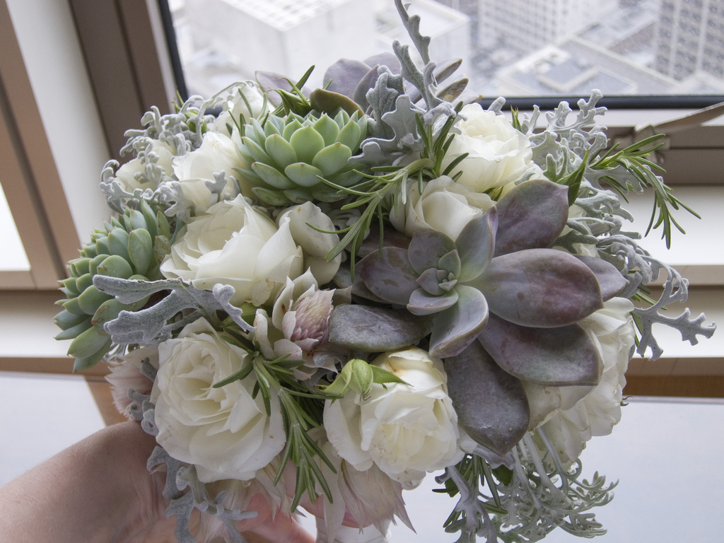 wedding bouquet with succulents photo - 1