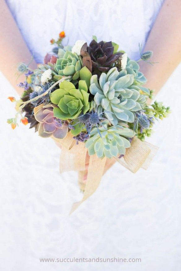 wedding bouquets and corsages photo - 1