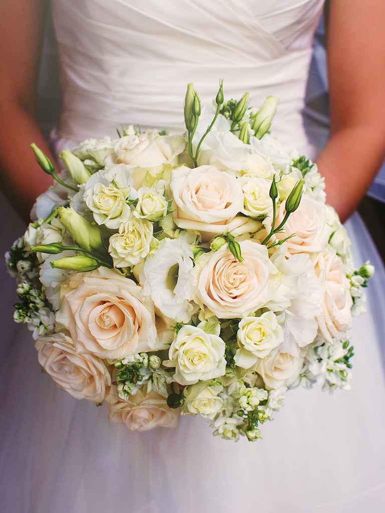 wedding bouquets white roses photo - 1