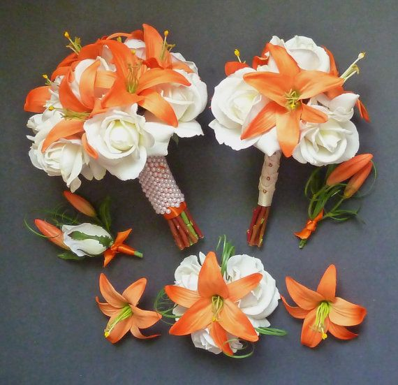 wedding bouquets with stargazer lilies and roses photo - 1