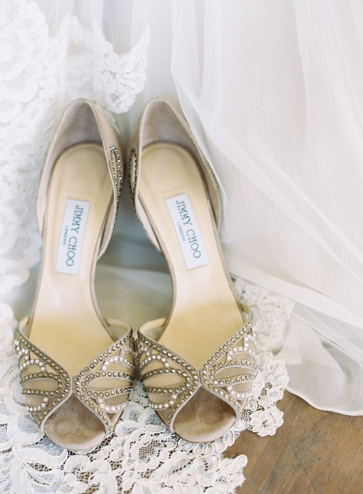 wedding bride shoes photo - 1