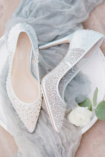 wedding brides shoes photo - 1