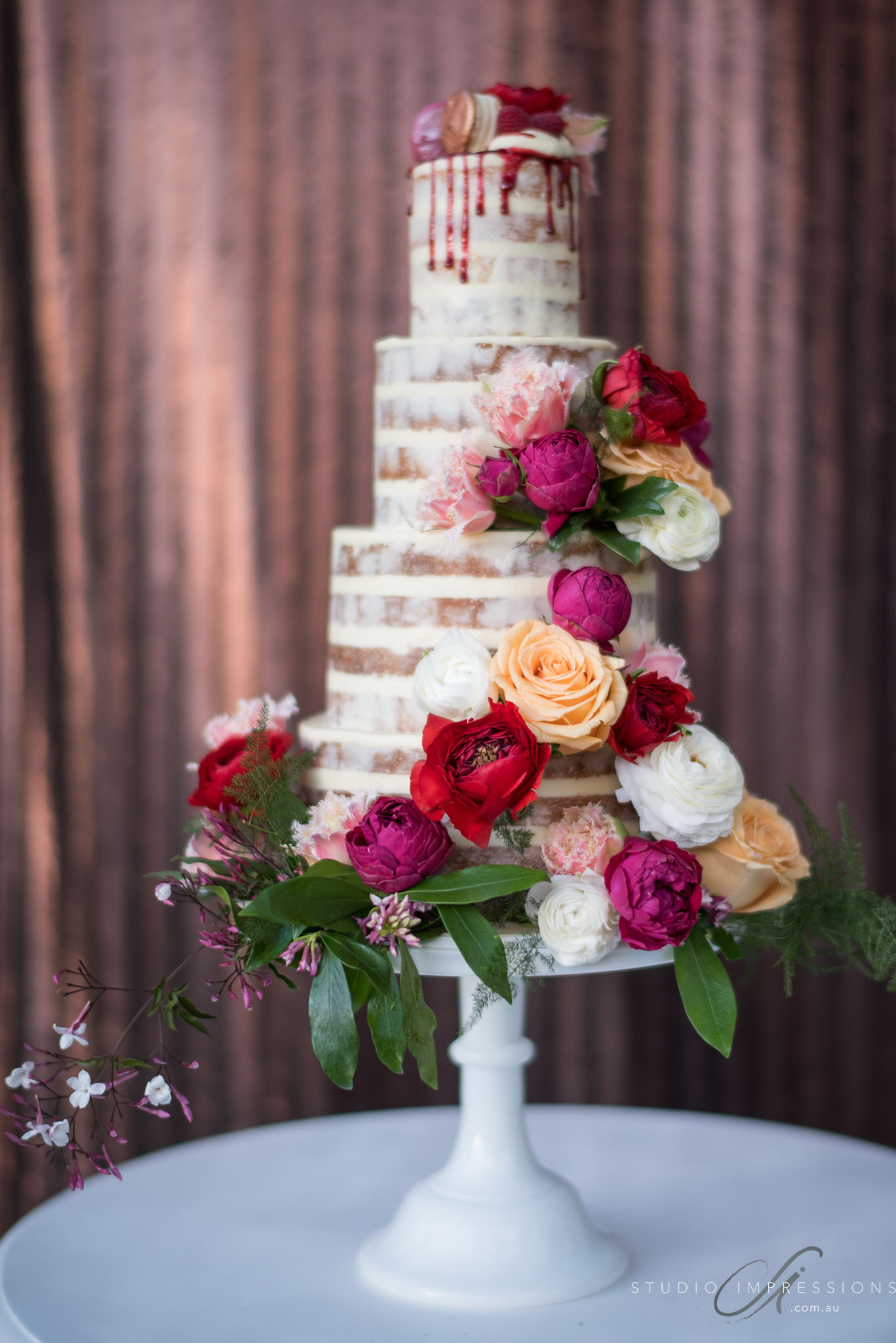 wedding cake flowers photo - 1