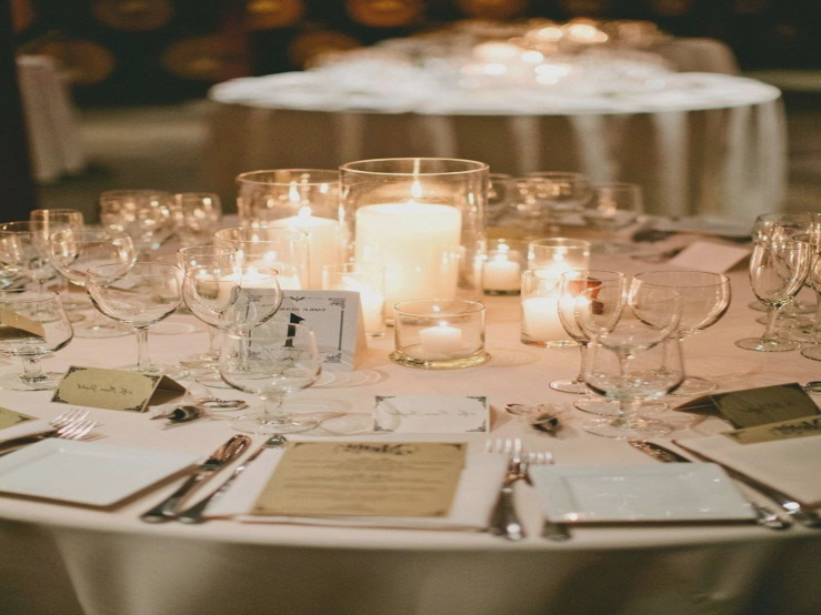 wedding centerpieces ideas without flowers photo - 1