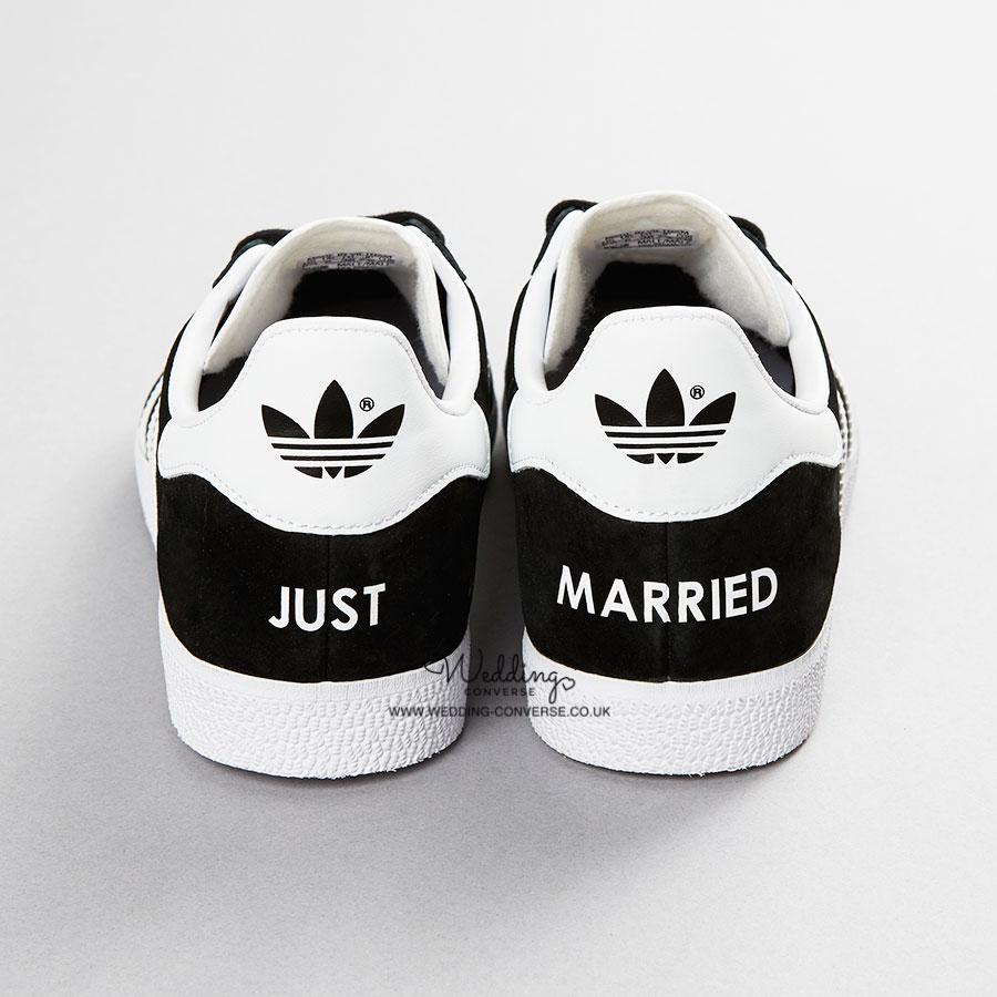 wedding converse shoes photo - 1