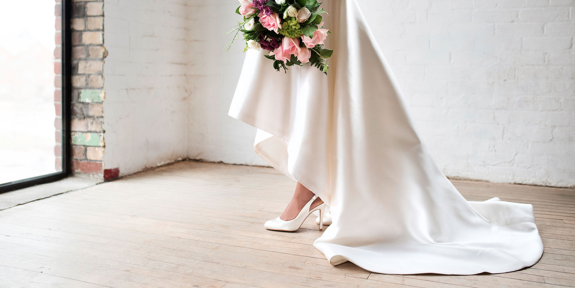 wedding dress with shoes photo - 1