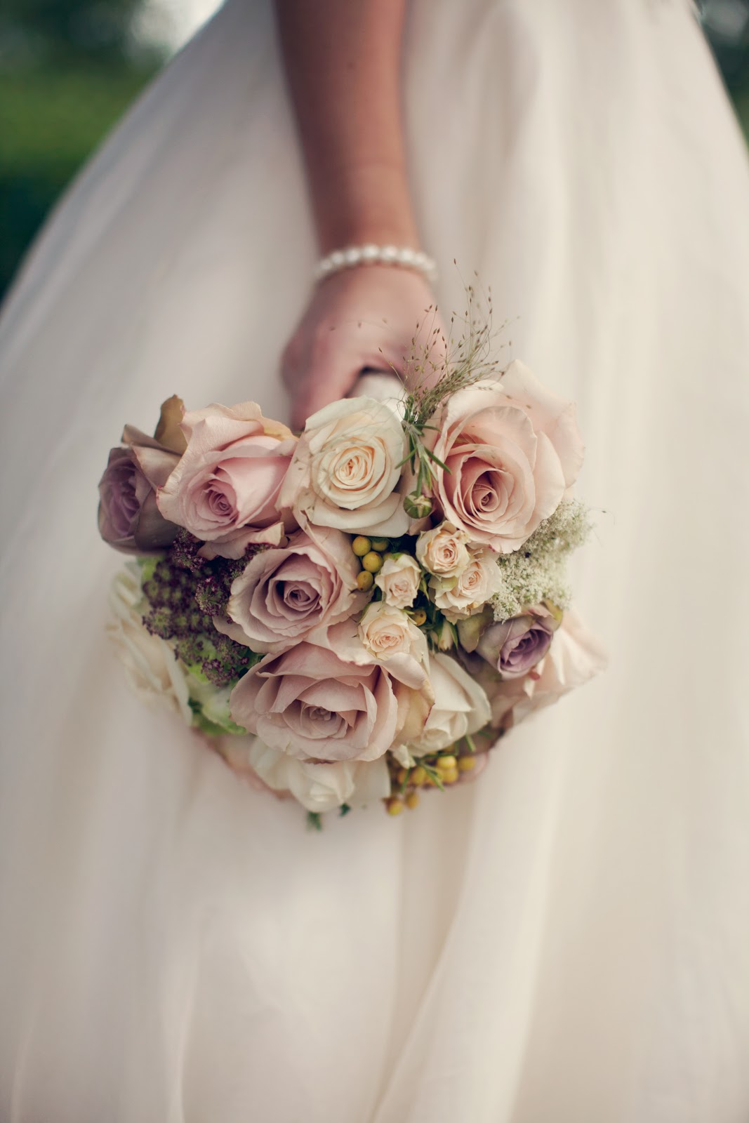 wedding dresses with flowers photo - 1