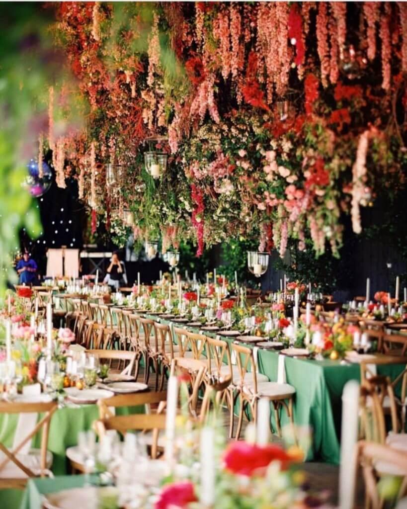 wedding flower arrangement photo - 1