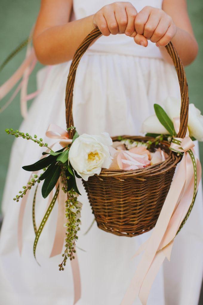 wedding flower girl baskets photo - 1