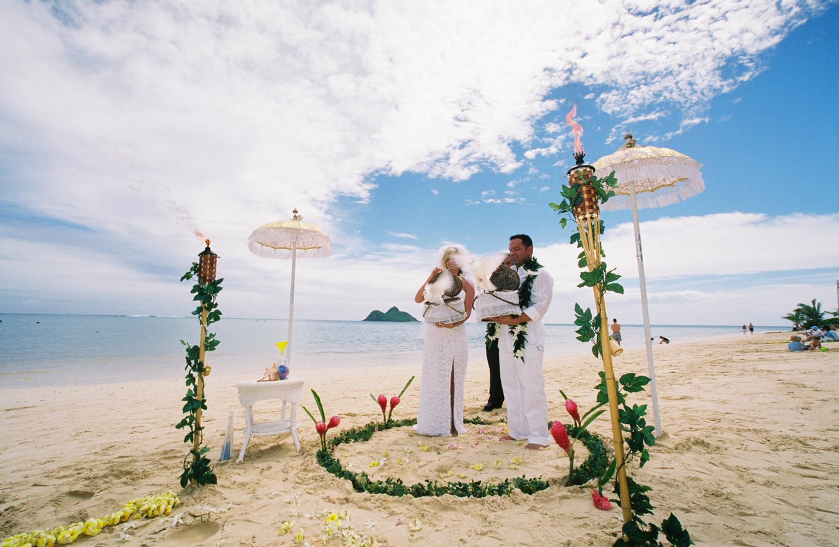 wedding flowers hawaii photo - 1
