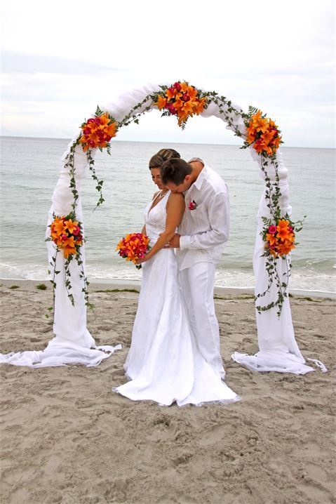 wedding flowers on a budget photo - 1