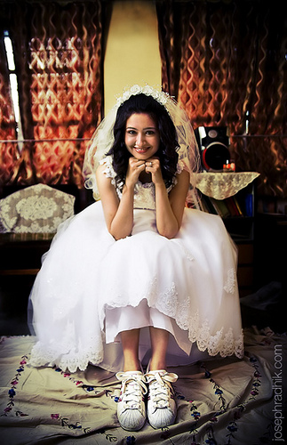 wedding jordan shoes photo - 1