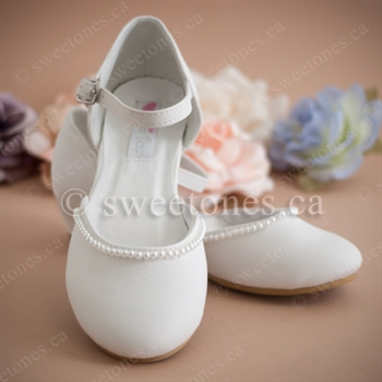 wedding shoes toddler photo - 1