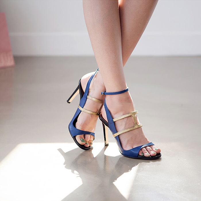 wedding shoes with blue soles photo - 1