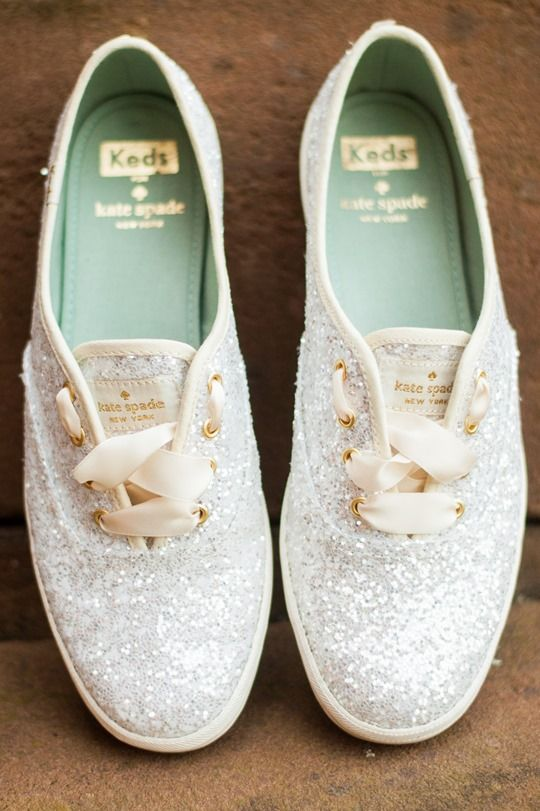 wedding silver shoes photo - 1