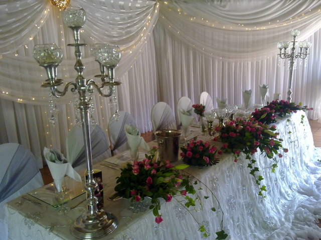 wedding table flowers photo - 1