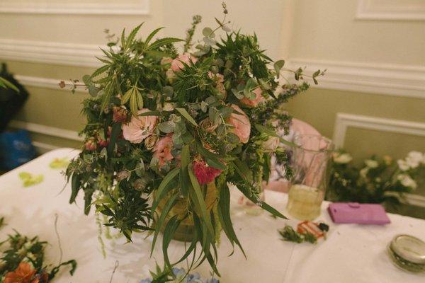 wedding tulip bouquets photo - 1