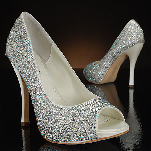 white sparkly wedding shoes photo - 1