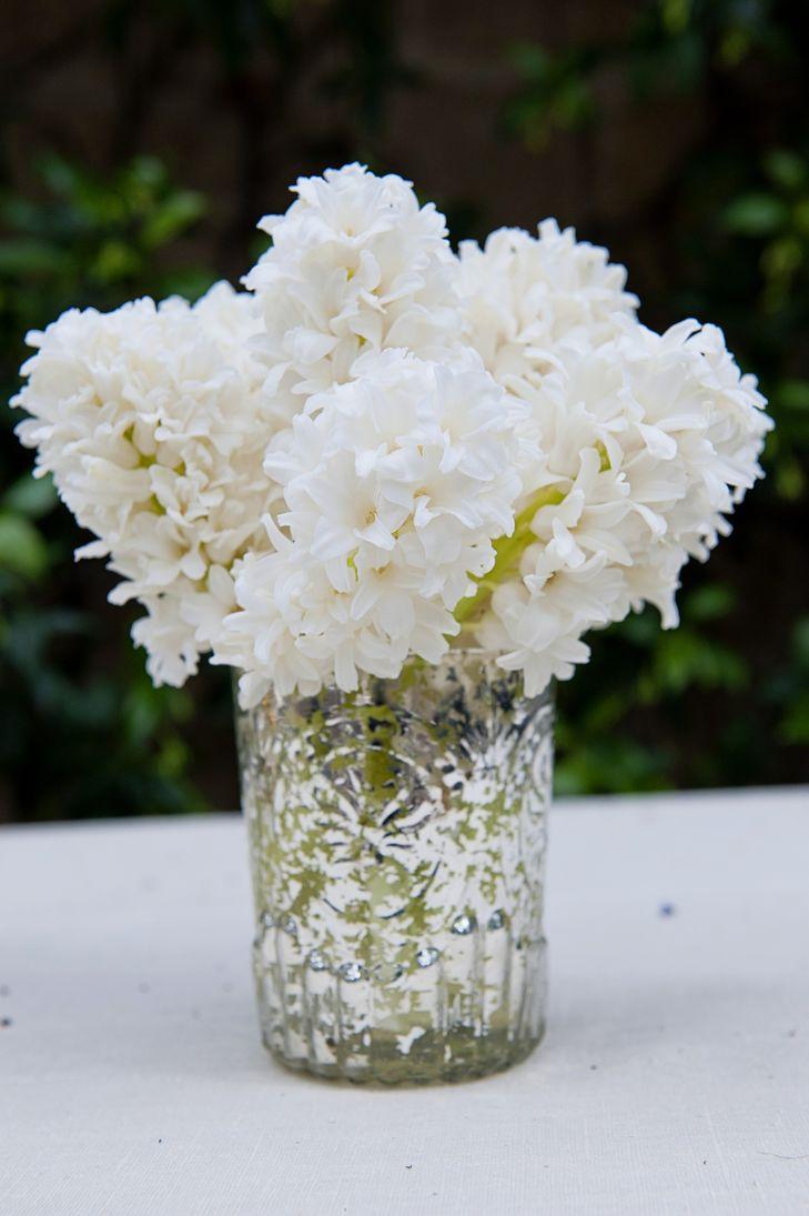 white wedding flowers centerpieces photo - 1