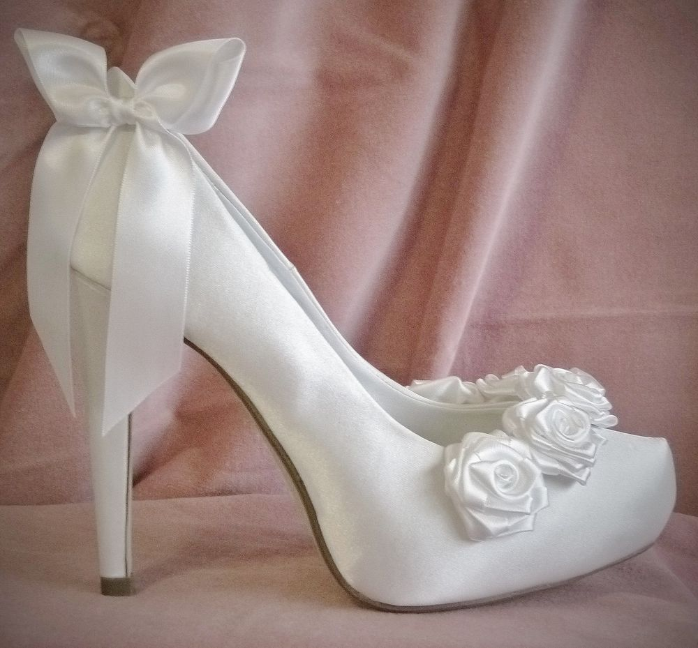 white wedding shoes for women photo - 1