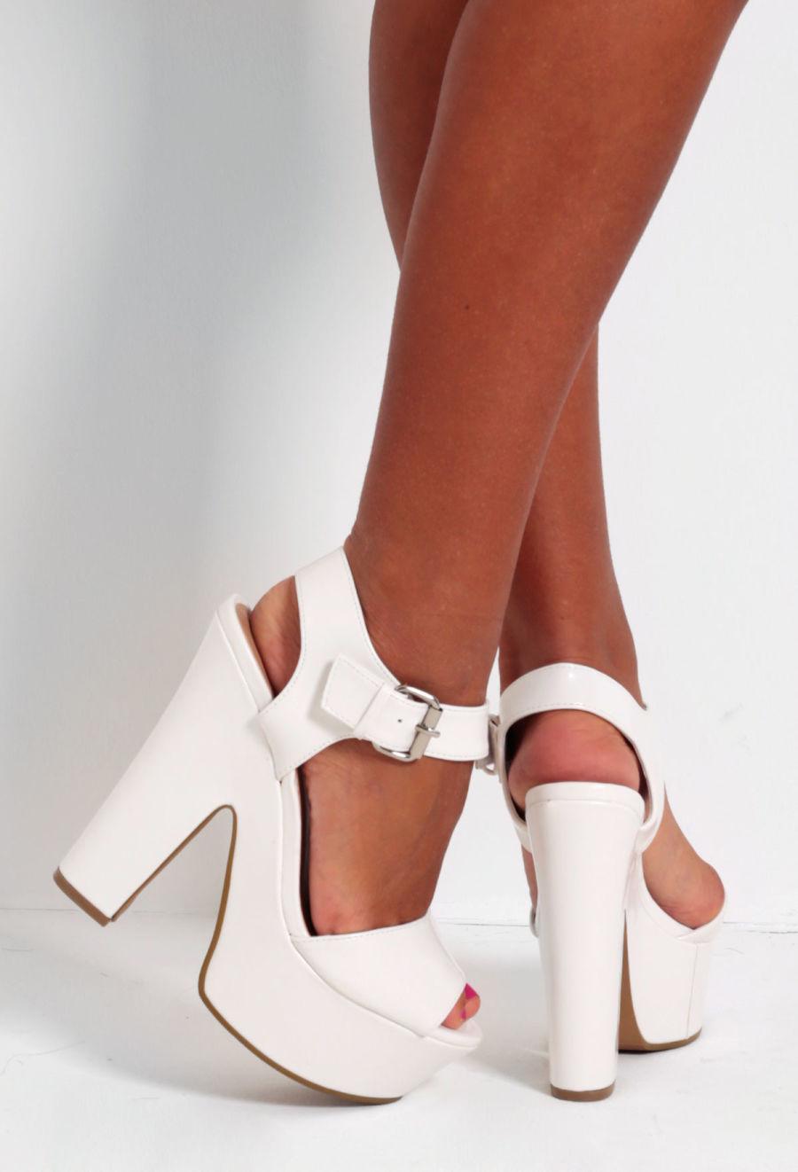 white wedding wedge shoes photo - 1