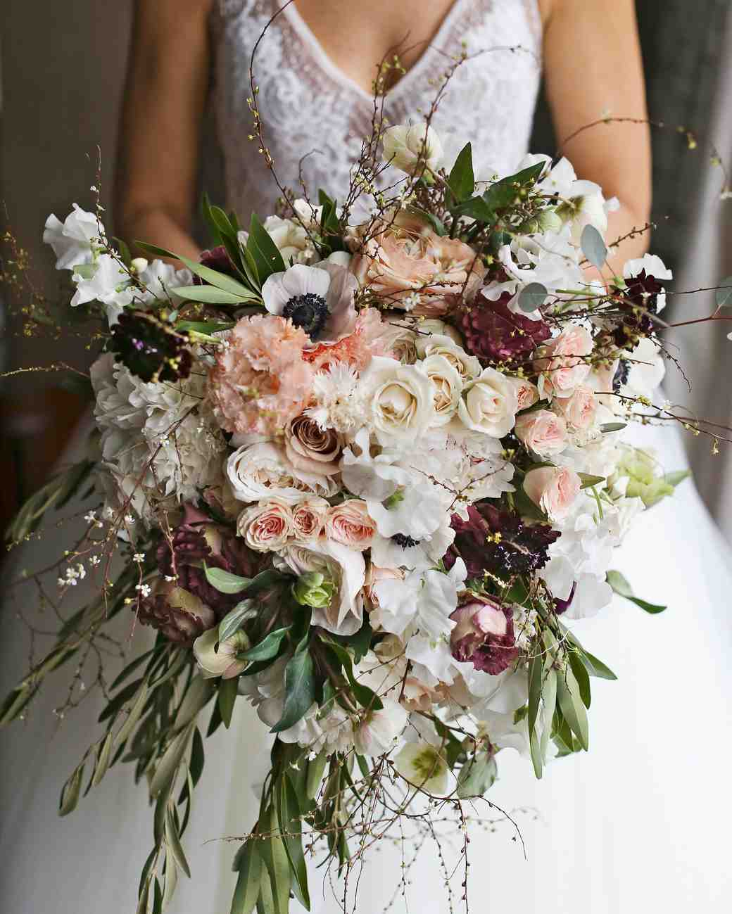 winter wedding bouquets pictures photo - 1