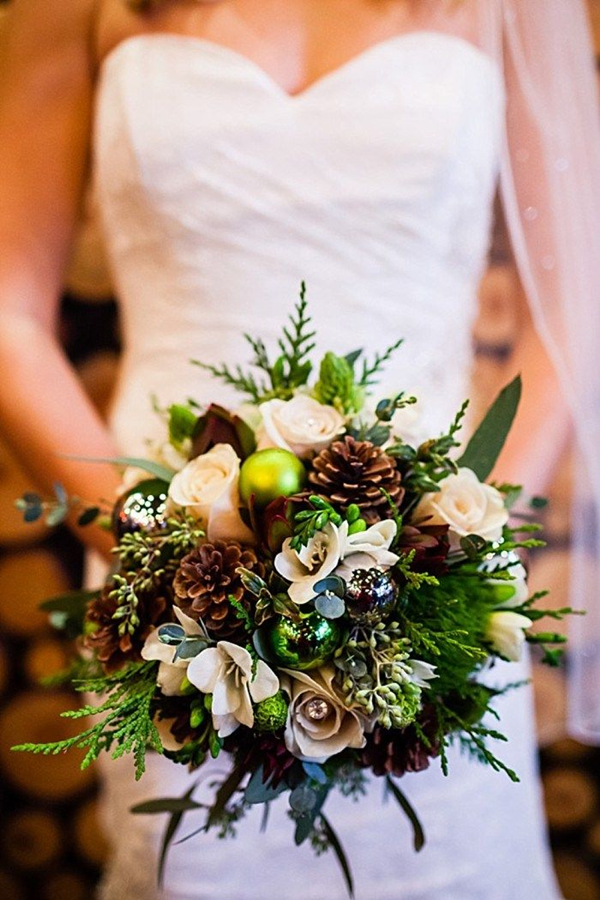 winter wedding bouquets with pine cones photo - 1