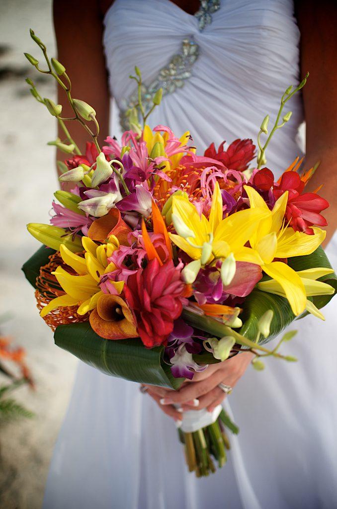 beach wedding bouquets photo - 1