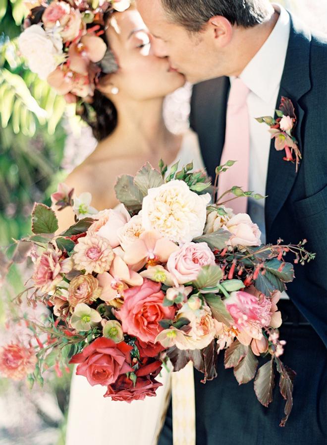 big wedding bouquets photo - 1