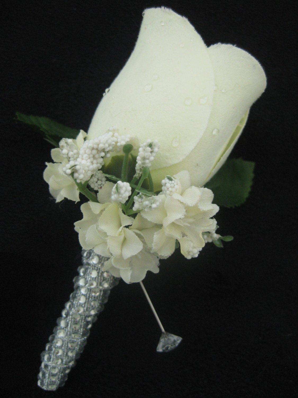 black and white wedding flowers photo - 1