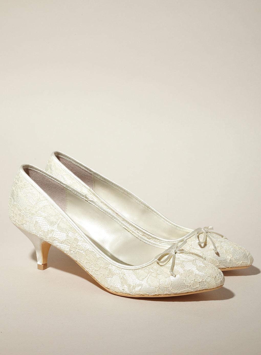 black wedding shoes low heel photo - 1