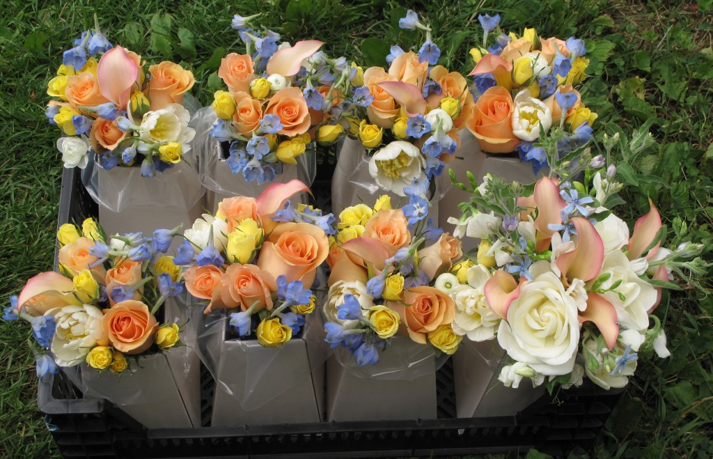 blue and white wedding bouquets photo - 1