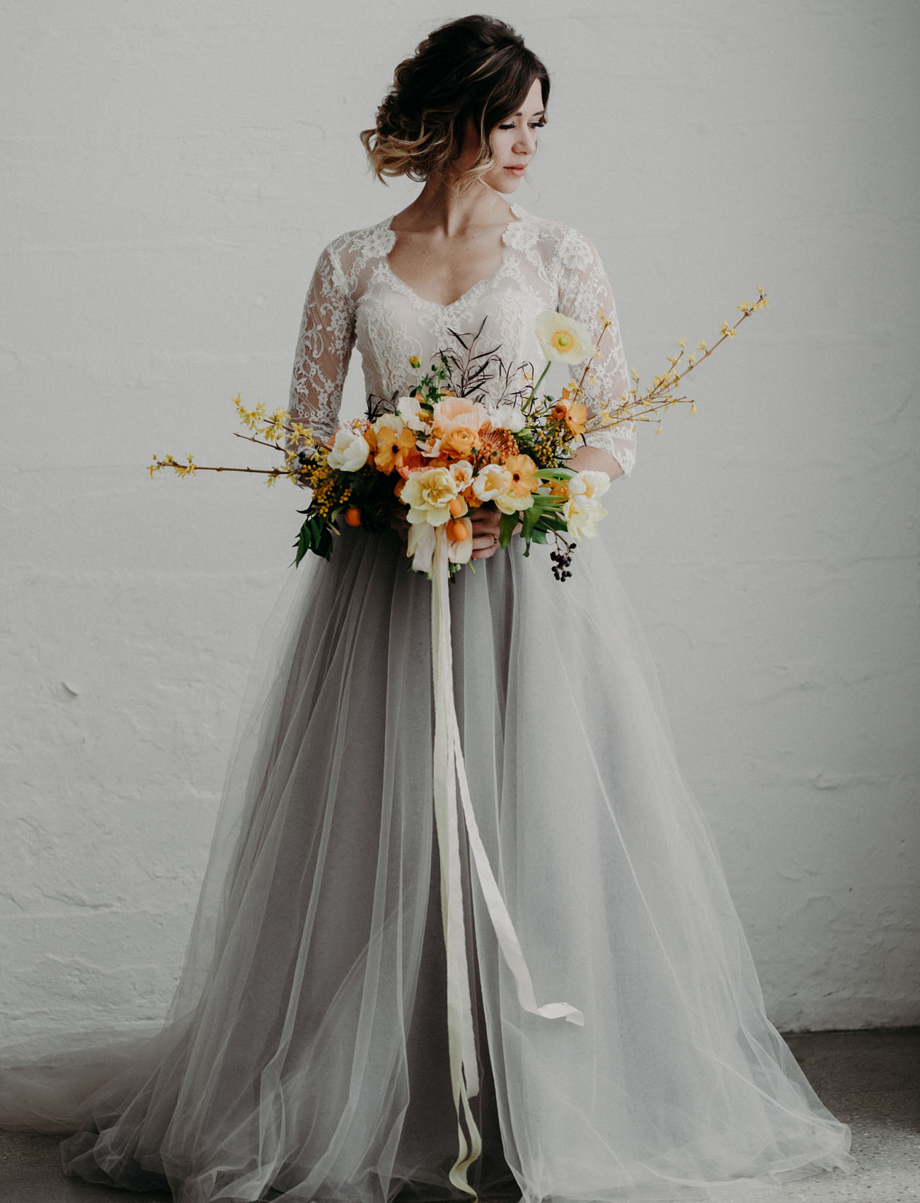 blue lace wedding shoes photo - 1