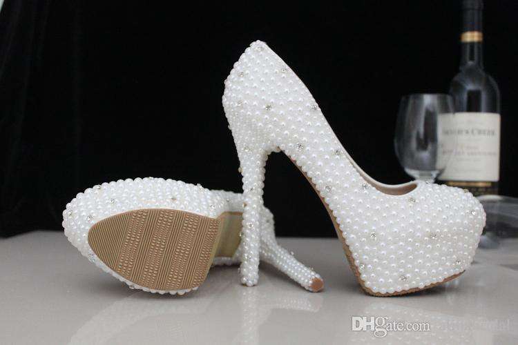 bridal shoes with pearls photo - 1