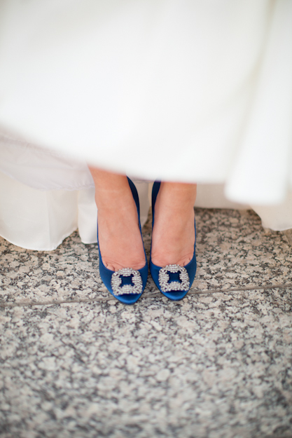 carrie bradshaw manolo blahnik wedding shoes photo - 1