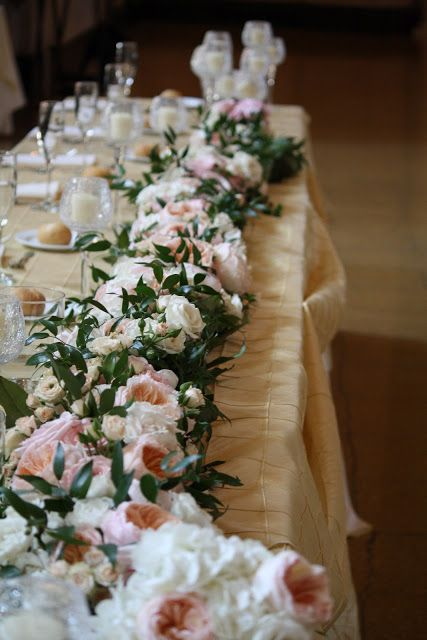 christmas wedding flowers photo - 1