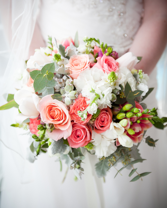 coral and navy wedding bouquets photo - 1