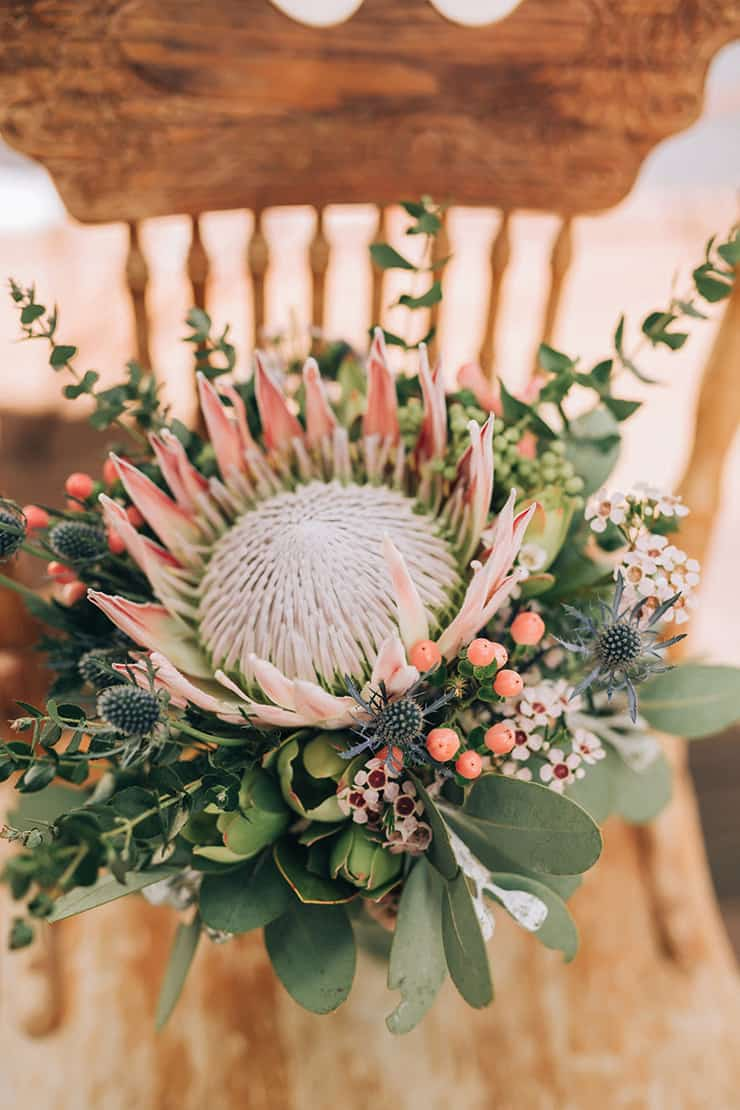country wedding flowers photo - 1