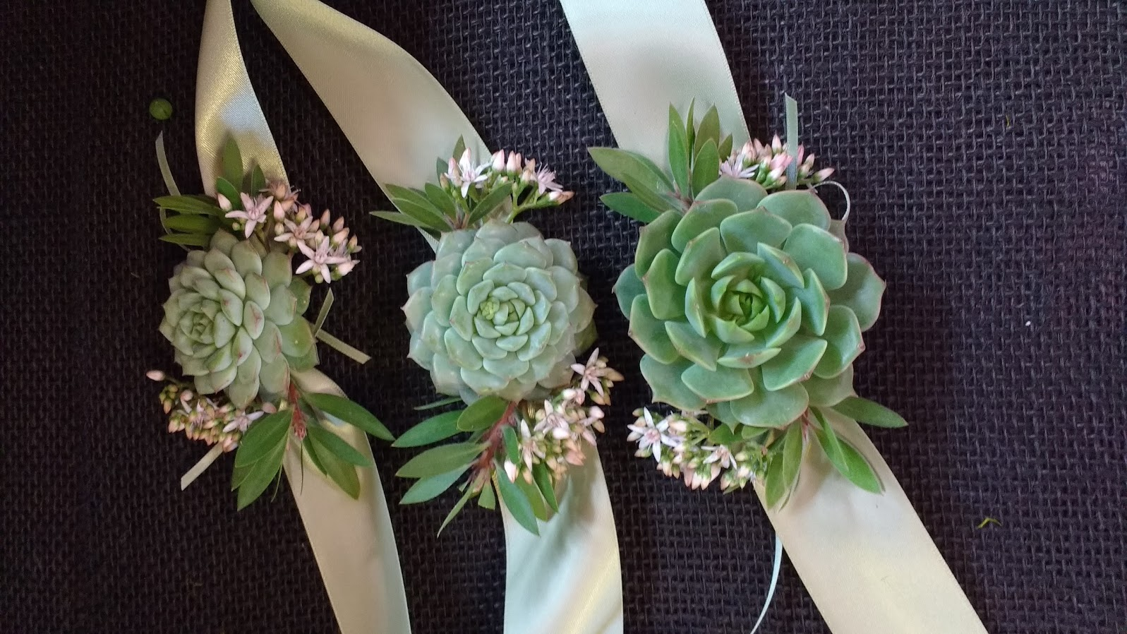 diy wedding bouquets and boutonnieres photo - 1