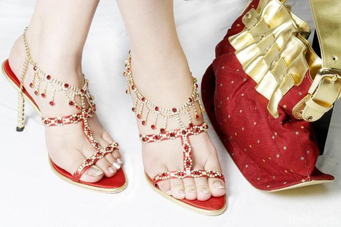 famous footwear wedding shoes photo - 1