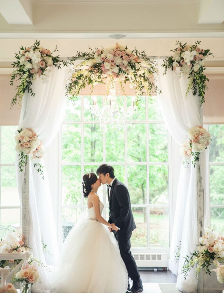 flowers for wedding arch decoration photo - 1