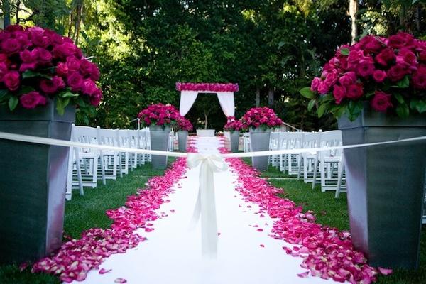 fuschia pink shoes for wedding photo - 1