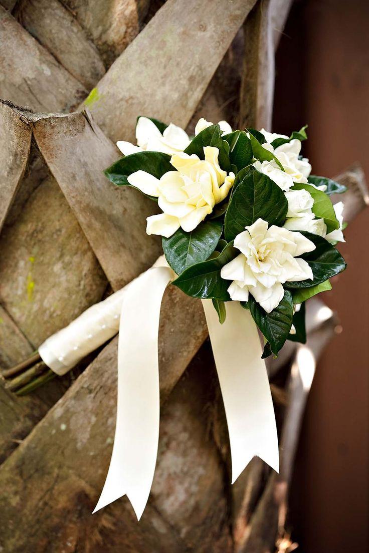gardenia wedding bouquet photo - 1