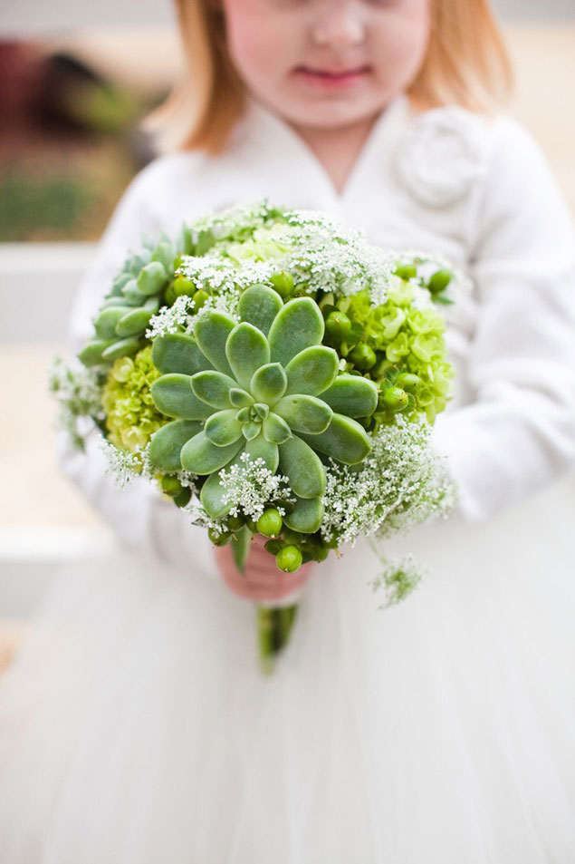 green wedding bouquets photo - 1