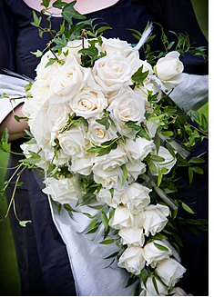 how much do wedding bouquets cost photo - 1