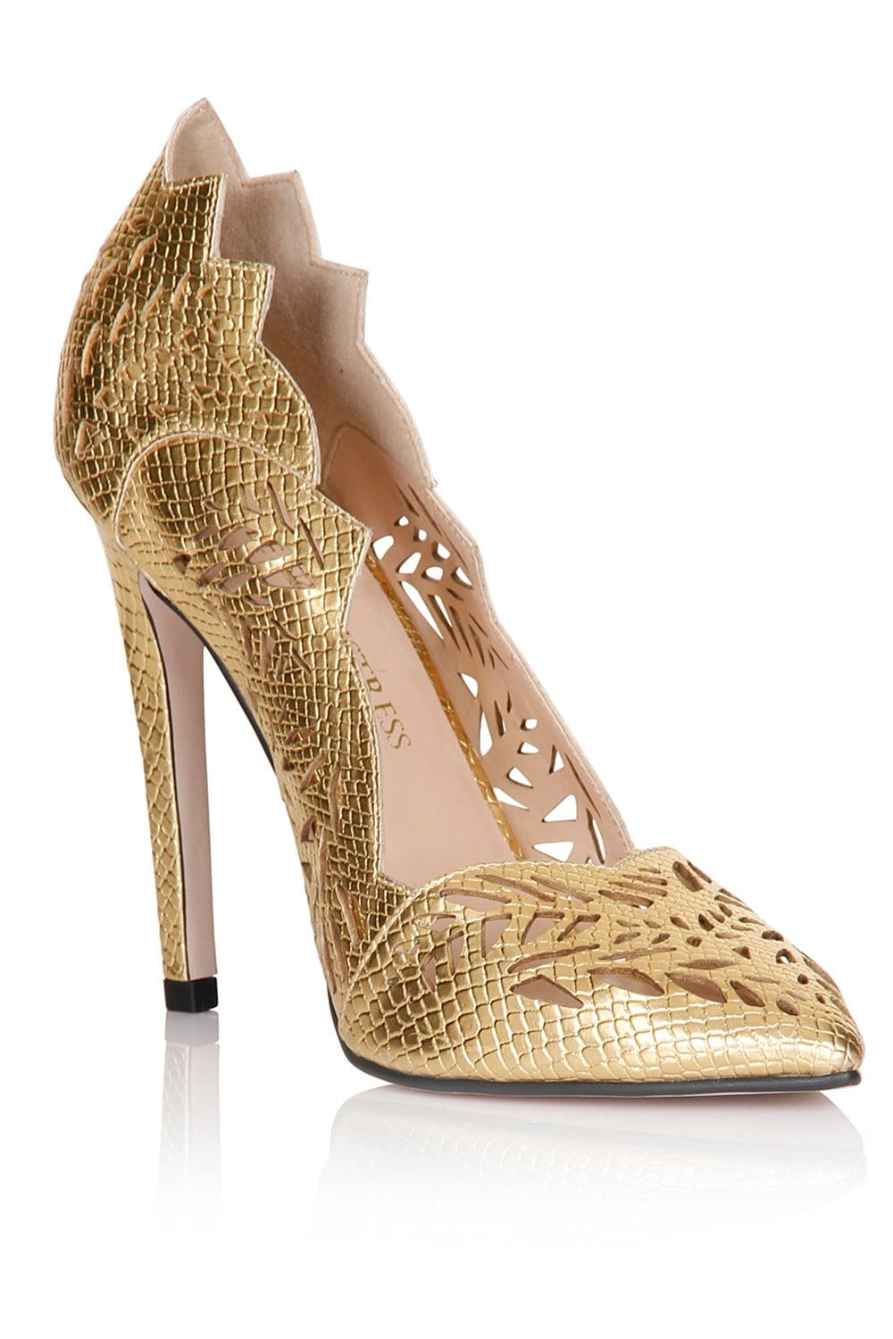 how to pick wedding shoes photo - 1