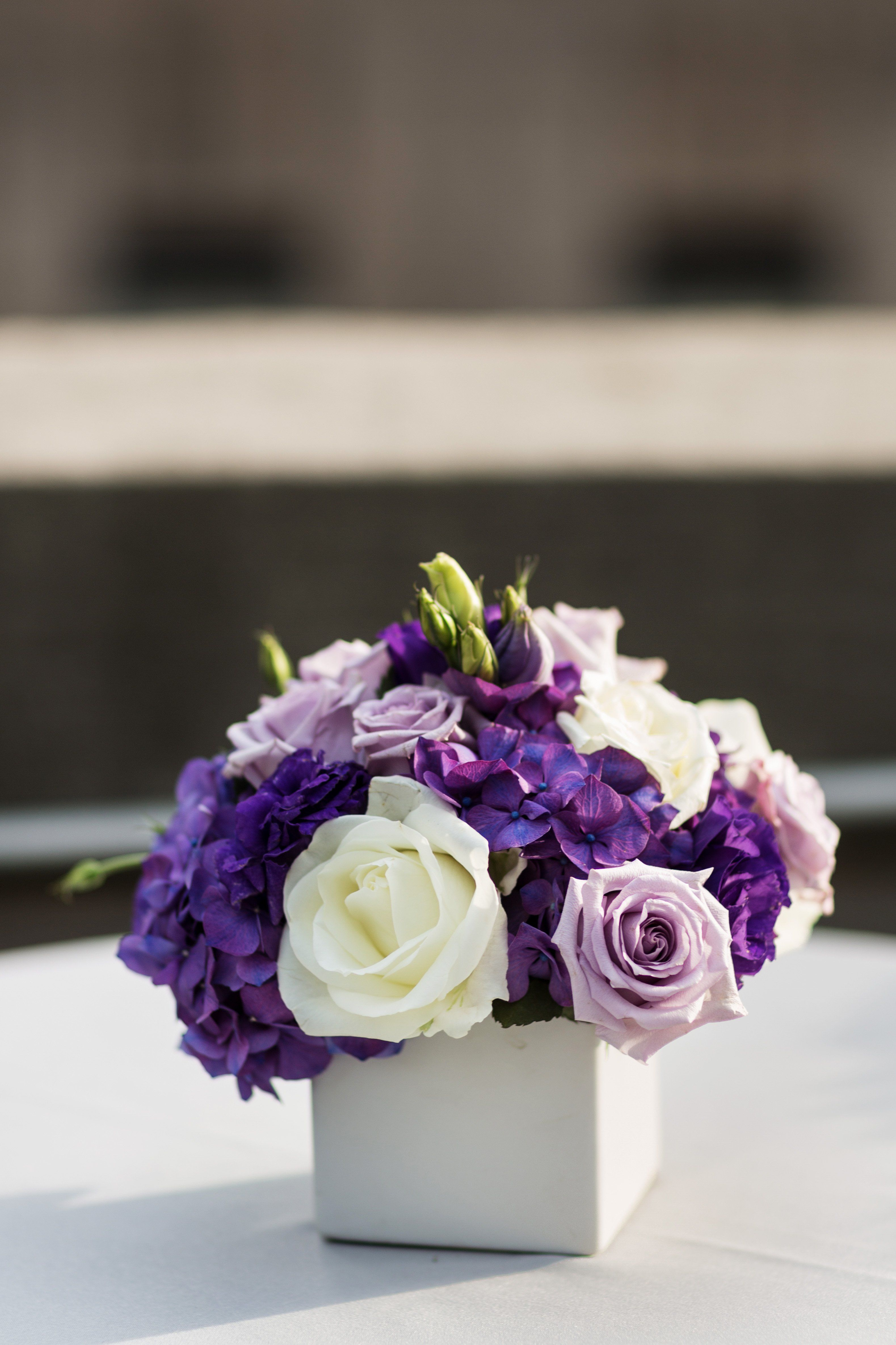 how to save money on wedding flowers photo - 1