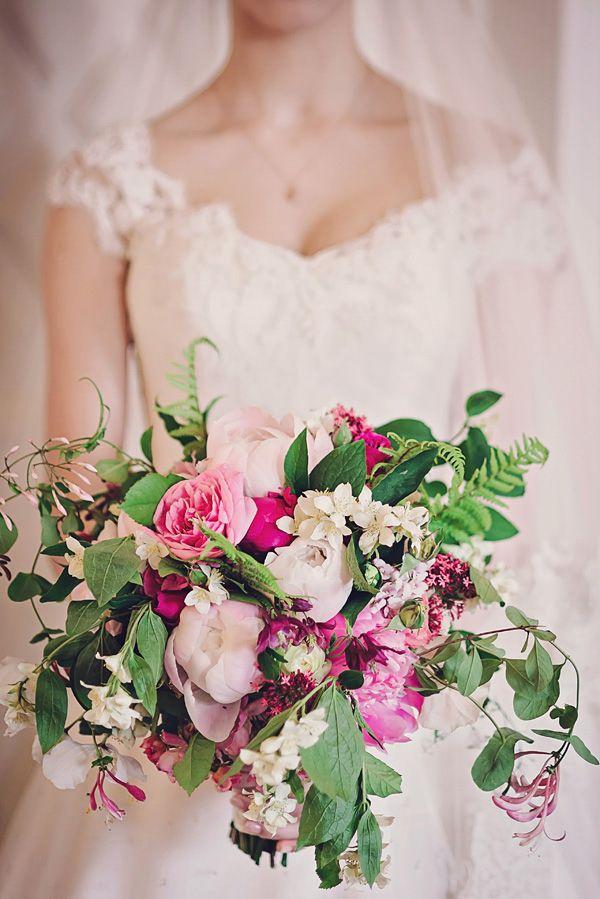 hydrangea roses wedding bouquets photo - 1